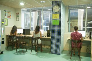 be-dream-hostel-barcelona-common-areas-13