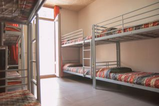 be-hostels-zaragoza-rooms-02