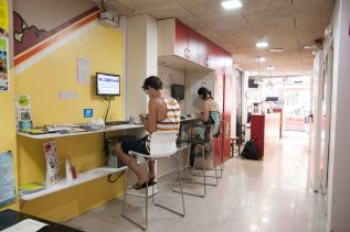 be-sound-hostel-barcelona-facilities-01