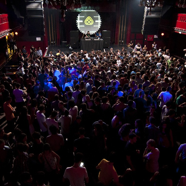 be-sound-hostel-barcelona-nightlife