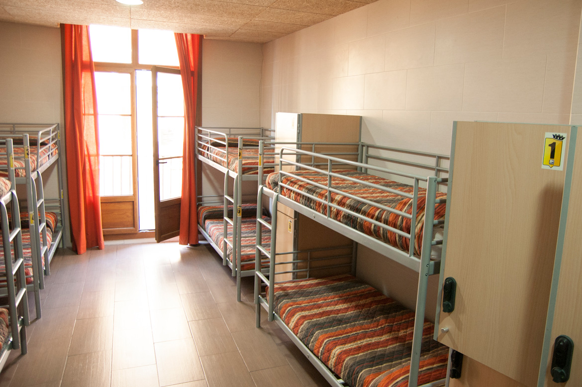 be-hostels-zaragoza-rooms-04
