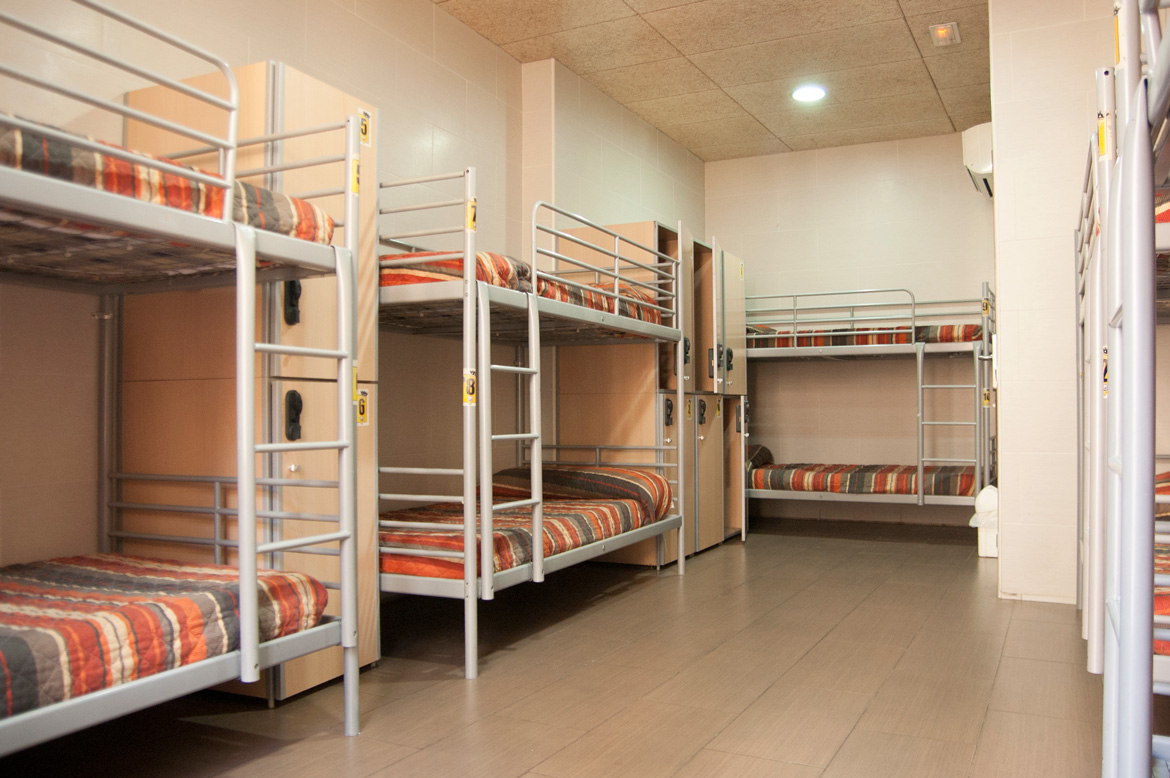 be-hostels-zaragoza-rooms-06