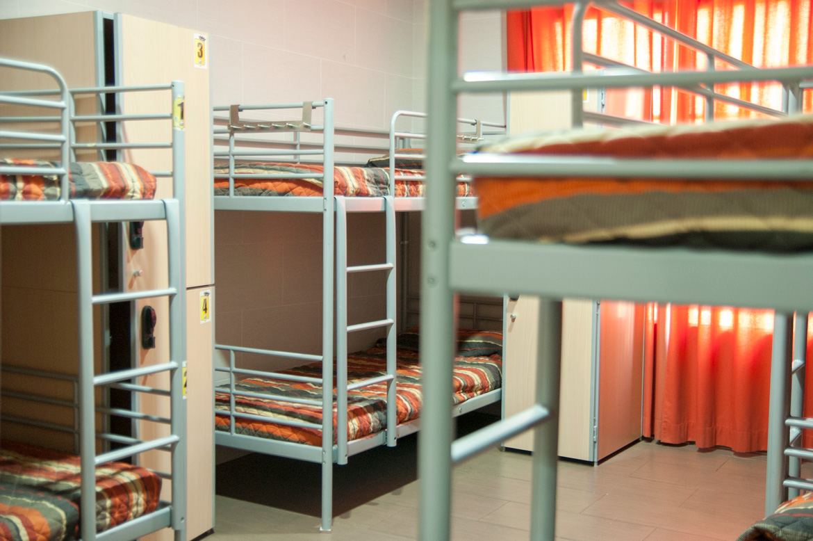 be-hostels-zaragoza-rooms-08